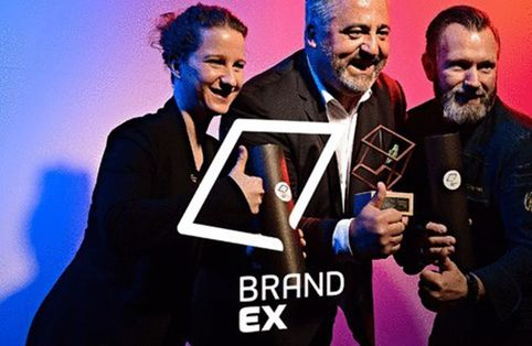 Lisa Roglmeier, Oliver Wendel and Thomas Pleinert receive the BrandEx Award in bronze